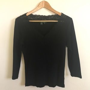 Black 3/4 sleeve top with lace